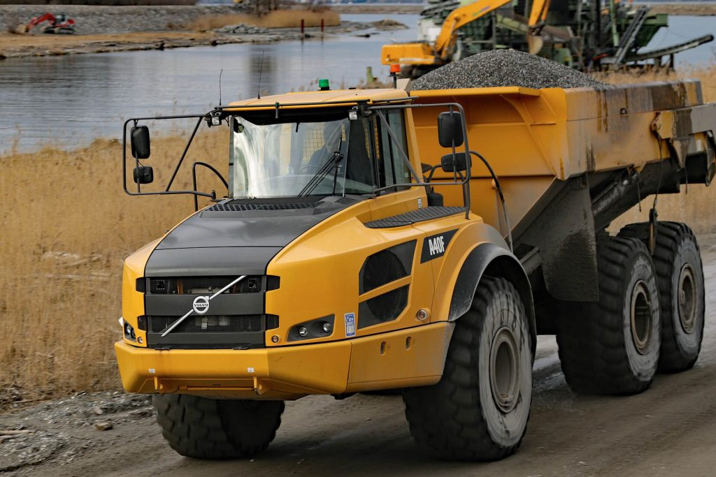 Dump Truck Rental in Alaska 3