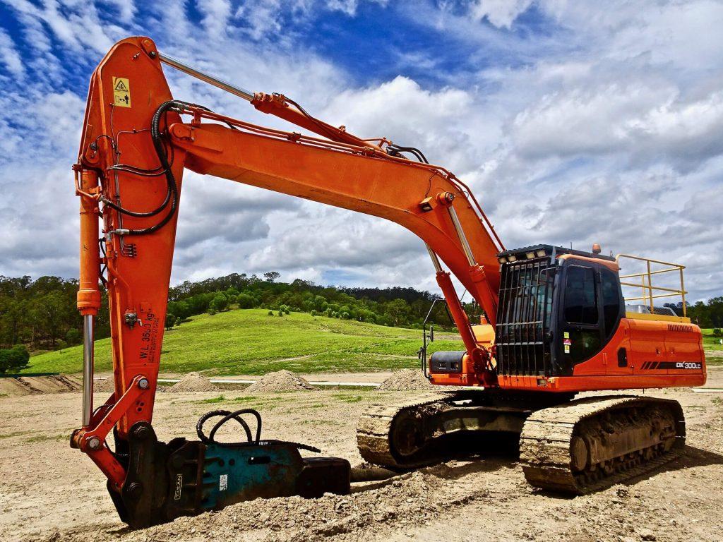 Earthmoving Equipment Rental in Montano 2
