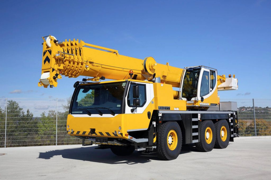 Mobile Crane Rental in California 1