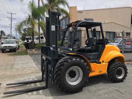 Rough Terrain Forklift Rental in California 6