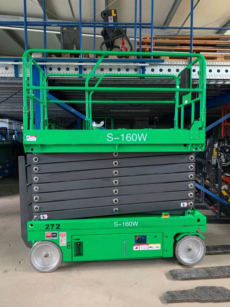 Scissor Lift Rental in Hawaii 6